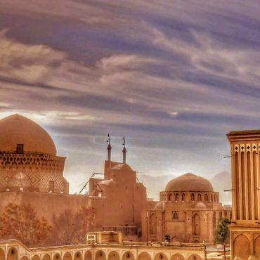 20 Amazing places to see when you travel to Yazd
