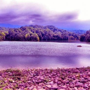 Elimalat Lake in Nur – Amazing lake inside forest